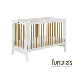 Funbies Clover Baby Cot (White)