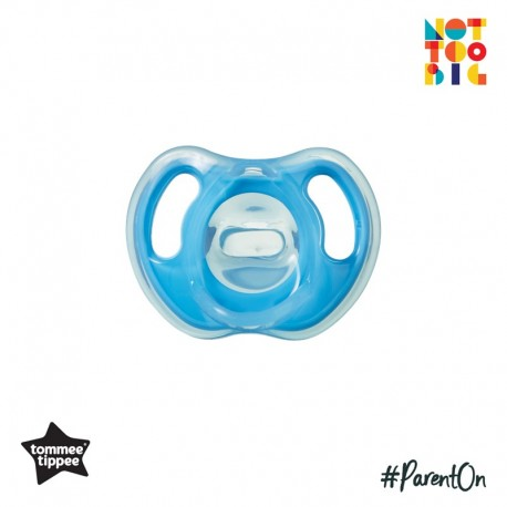 Tommee Tippee Ultra-Light Silicone Soother 6-18m - 1pk (Blue)