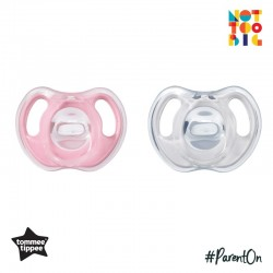 Tommee Tippee Ultra-Light Silicone Soother 0-6m - 2pk (Pink)