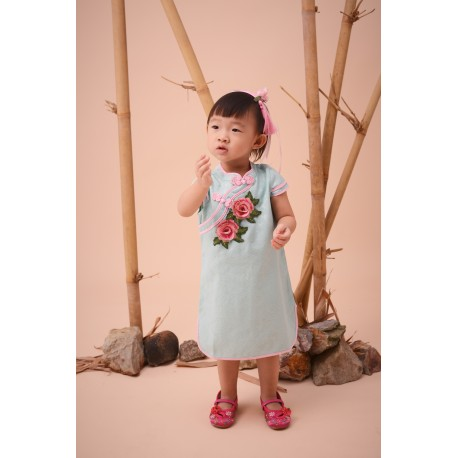Kiwi Kiwi CNY Traditional Cheongsam/Qipao with 3D Embroidery Patch for Girls